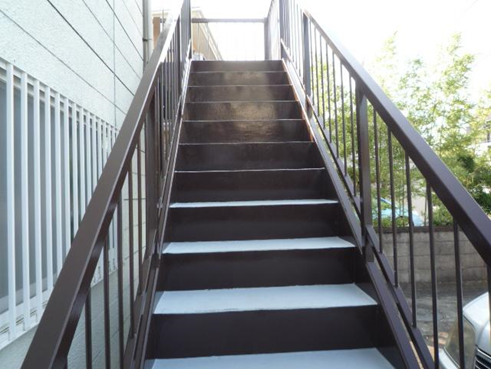 沼津アパート階段塗装