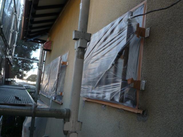 沼津市外壁塗装サッシ部分の養生